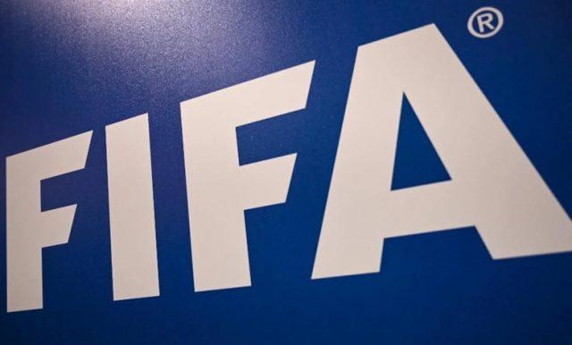 FIFA Usulkan Perpanjangan Kontrak
