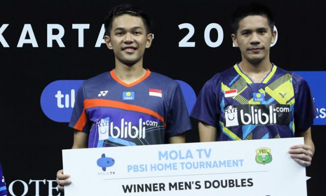Fajar Alfian/Yeremia Erich Juara Mola TV PBSI Home Tournament