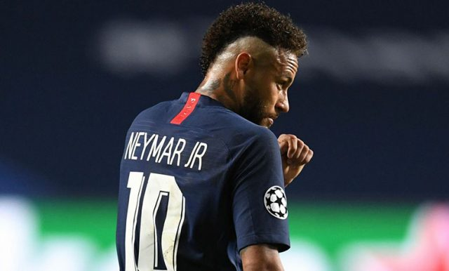 Johnson : PSG Berusaha Yakinkan Neymar Dan Mbappe