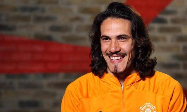Manchester United Resmi Perpanjang Kontrak Cavani